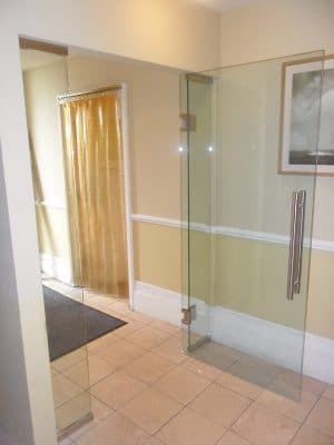 Internal Frameless Glass Doors Fgc