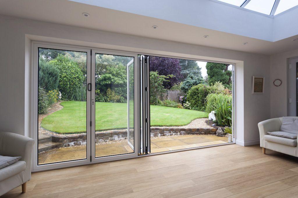 Visofold 1000 bifolding doors